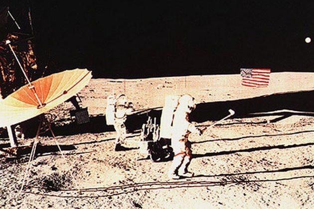 Голф се играе и на луната